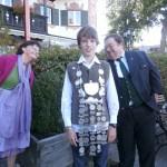 Unser Jungfischerkönit 2012 Max Stevens wurde mit seiner beachtlichen Königskette von allen Seiten bewundert. Die Jugendleitung bedankt sich noch einmal recht herzlich für Deine Teilnahme beim Festzug am Fischereitag in Schliersee.