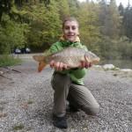 Johannes Schnitter mit seinem tollen Fang.